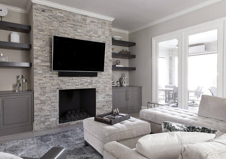 ML-Interiors-Group_Dallas-Texas_Interior-Design_How-to-Select-the-Perfect-Combination-of-Lighting-for-Your-Living-Room_Natural-Lighting-in-Living-Room-with-Fireplace