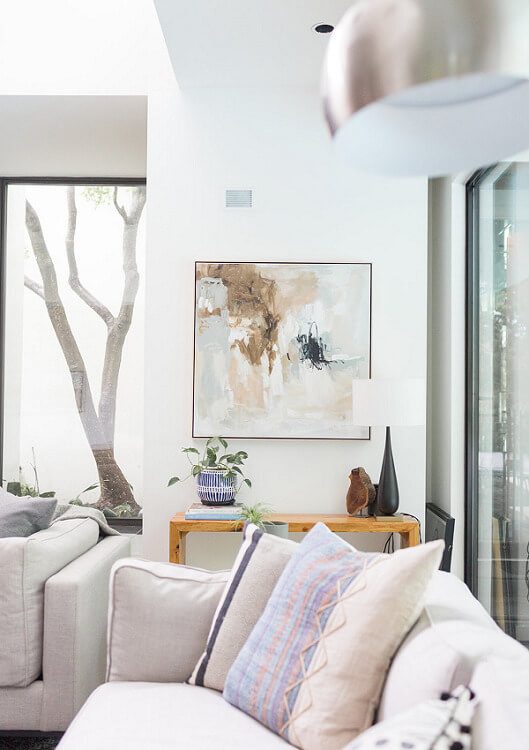ML-Interiors-Group_Dallas-Texas_Interior-Design_How-to-Select-the-Perfect-Combination-of-Lighting-for-Your-Living-Room_Natural-Lighting-with-Floor-Lamp