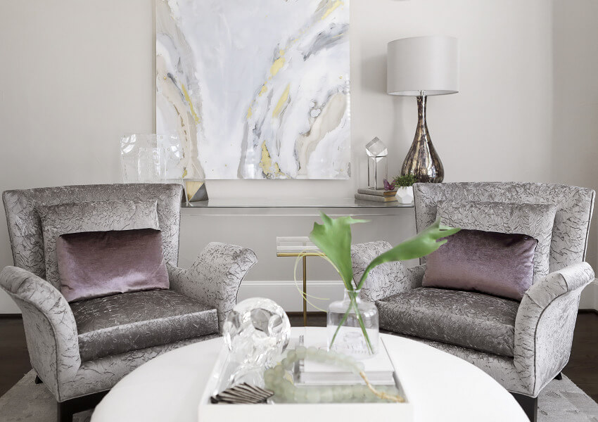 ML-Interiors-Group_Dallas-Texas_Interior-Design_How-to-Select-the-Perfect-Combination-of-Lighting-for-Your-Living-Room_Table-Lamp-on-Sofa-Table-Behind-Chairs