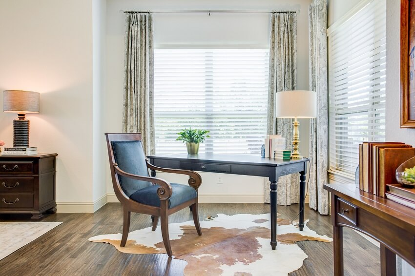 ML-Interiors-Group_Dallas-TX_How-to-Design-a-Home-Office-that-Works-as-Hard-as-You-Do_Home-Office-Tucked-in-Bedroom